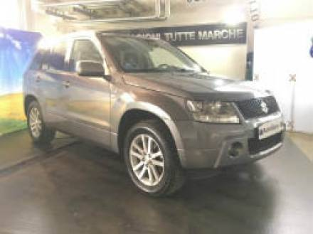 Immagine Suzuki Grand Vitara 1.9 DDiS 5 porte Executive 129CV
